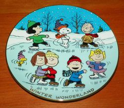 Collector Plate Peanuts Winter Wonderland Magical Moments Series