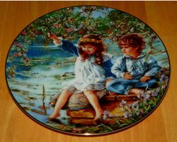 Collector Plate Hearts and Flowers from Sandra Kuck Collection Patience 1991 COA