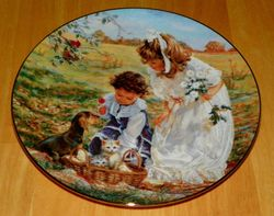 Collector Plate Hearts and Flowers Sandra Kuck Collection Delightful Bundle