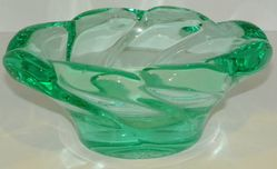 Heavy Green Glass Vintage Ashtray Good Size for a Pipe or Cigar 8 X 6 X 3.5 Deep