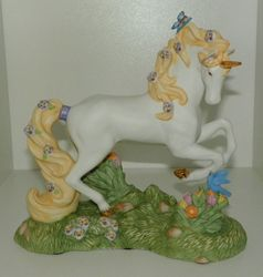 Princeton Gallery Unicorn Figurine Wish Upon a Butterfly Unicorn with COA