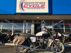 2014 Triumph Bonneville ...click on image to view video!