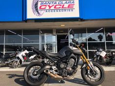 2015 Yamaha FZ-09 ...click on image to view video!