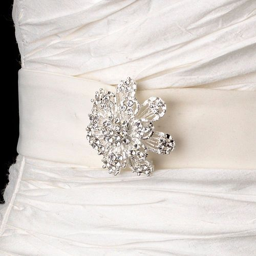 Belt with Silver Clear Round Brooch 3171