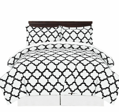 Black Reversible Fretwork Print Elegant Comforter Bed in Bag 8 piece Set with Alternative Pillow shams and Pillowcases King