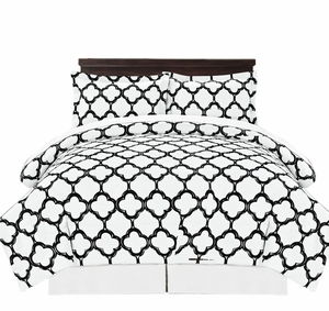 Black Reversible Fretwork Print Elegant Comforter Bed in Bag 8 piece Set with Alternative Pillow shams and Pillowcases Queen