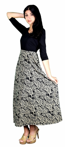 Cream Two Toned Paisley Tie � Sleeve Maxi Dress