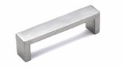 Richelieu - Contemporary Stainless Steel Pull - 7544 - BP754496170 - Stainless Steel - 170