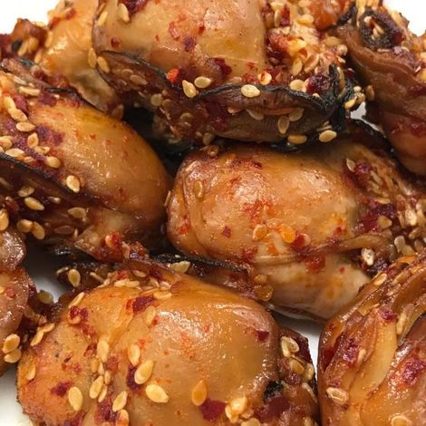 "Korean Spicy Smoked Oysters  - <h6>Fresh (not canned)</h6><Font Face= ""Times New Roman, Times, Serif""COLOR=#0101DF  SIZE=3><b>Gluten-free</b></font>"