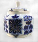 Lomonosov Porcelain 'Blue Field'  Sugar Bowl