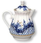 Lomonosov Porcelain 'Tendency' Creamer