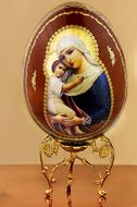 "Virgin Mary ""Seeker of the Perished"", Wooden Icon Egg on Stand"