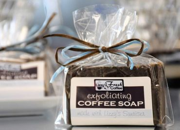 LIZZY'S EXFOLIATING COFFEE SOAP