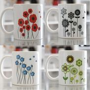 LIZZY'S GRAPHIC FLOWER MUG-11 OZ