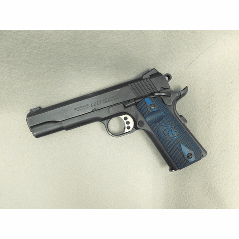 Colt Government 1911 (9mm) Two mags and original case