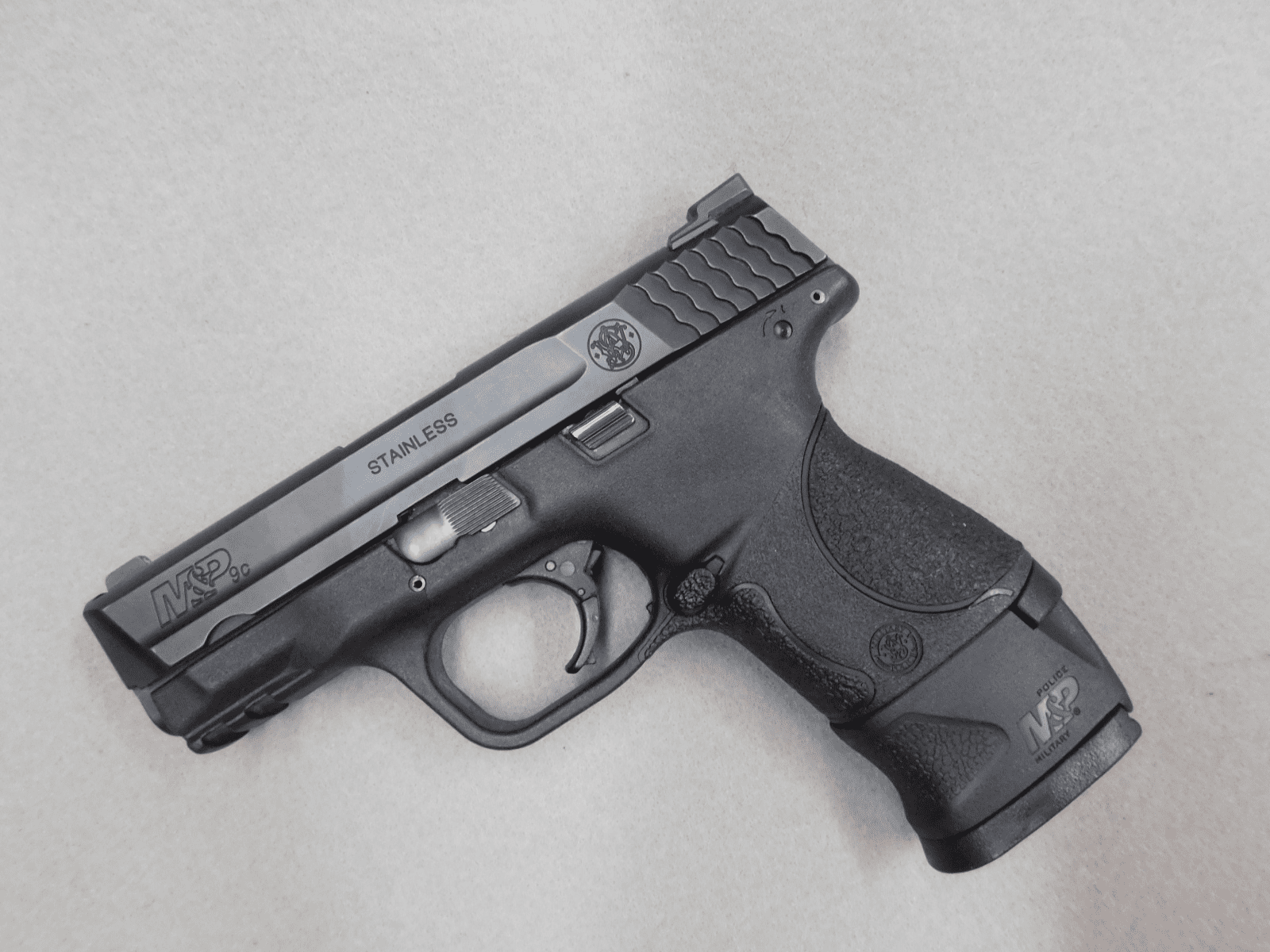 Smith & Wesson M&P 9C  (9mm)