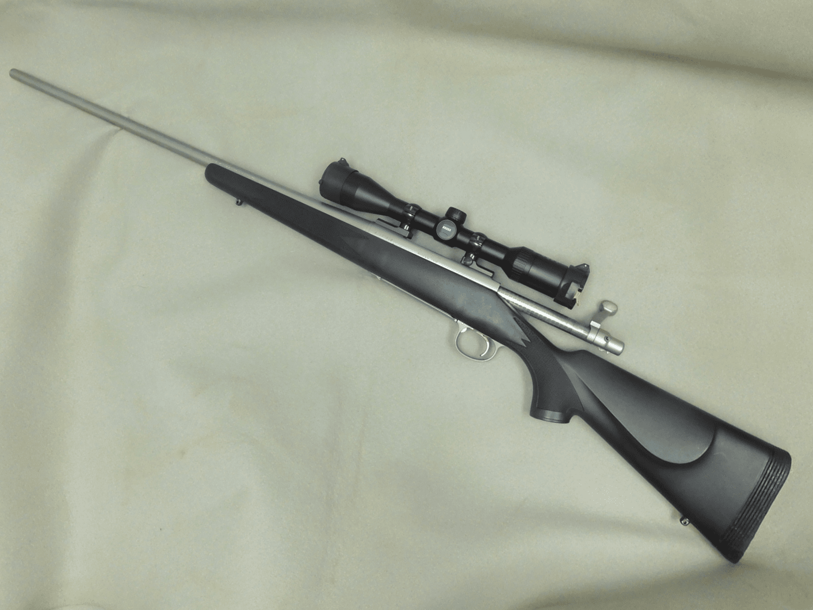 Remington 700 (.300 REM) with scope