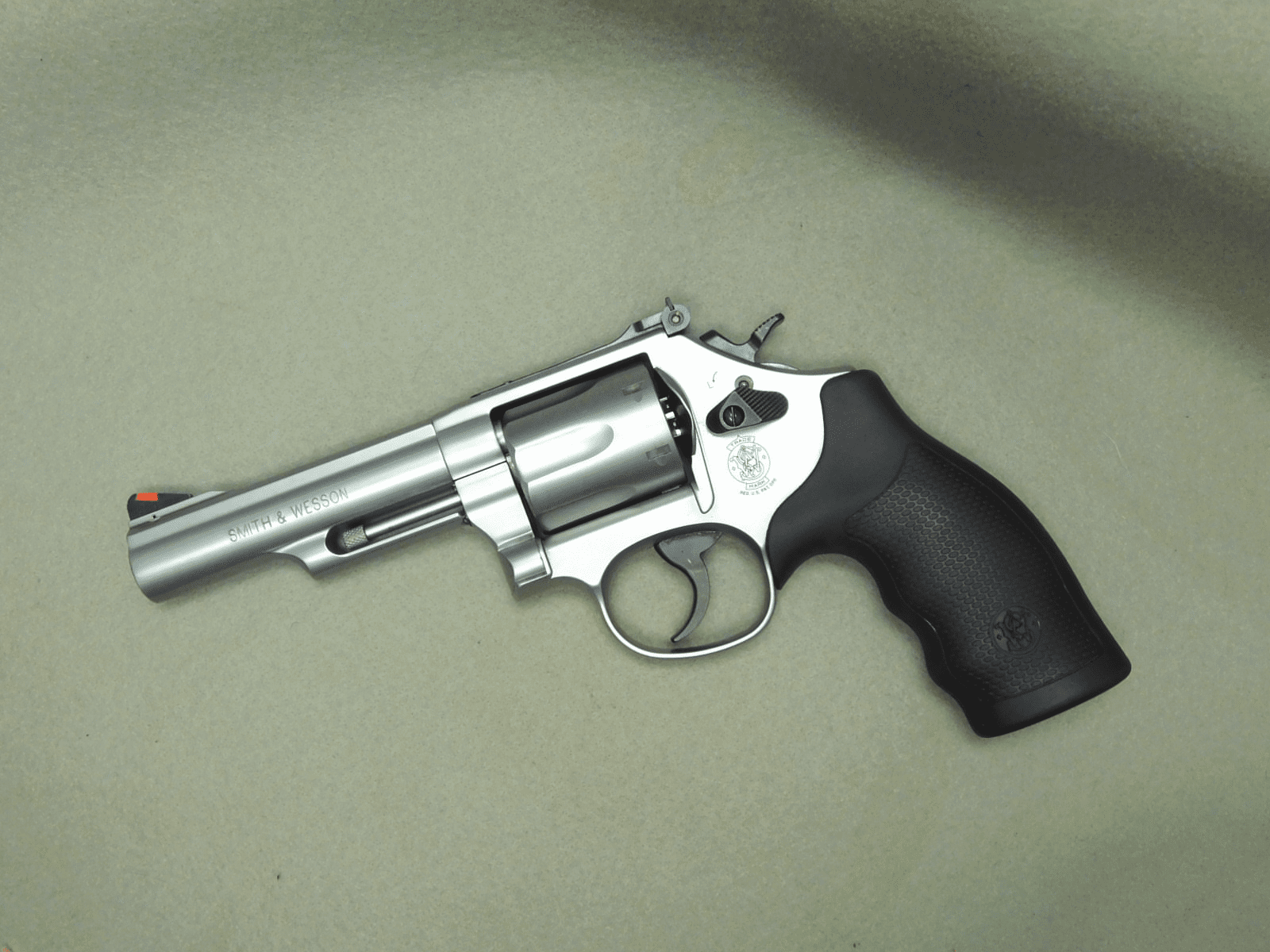 Smith & Wesson 66-8 (.357)