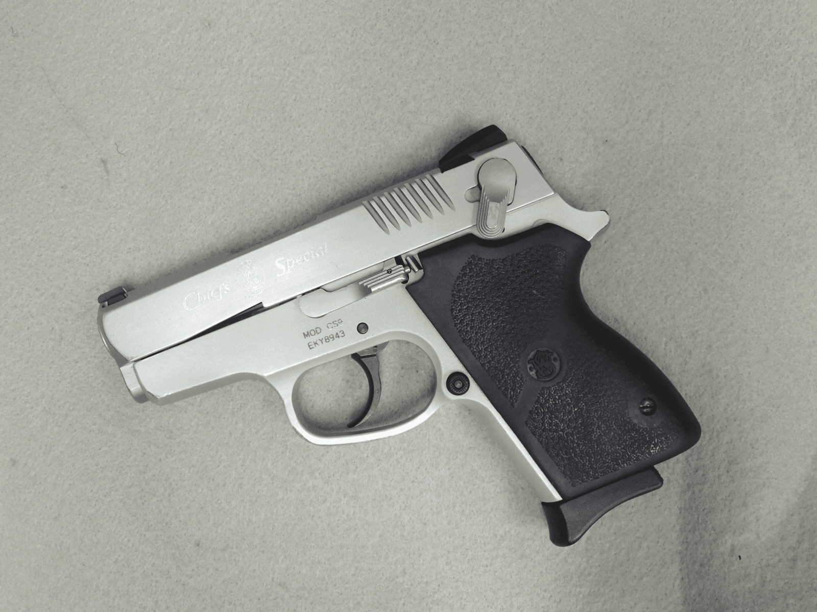 Smith & Wesson CS9 (9mm)