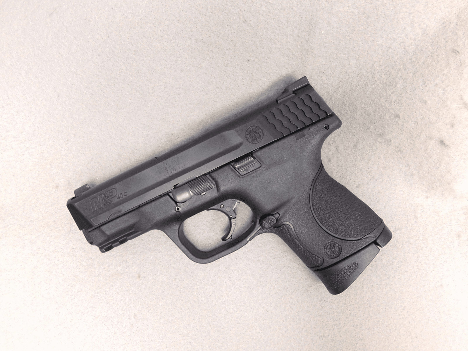Smith & Wesson M&P 40 C (.40)