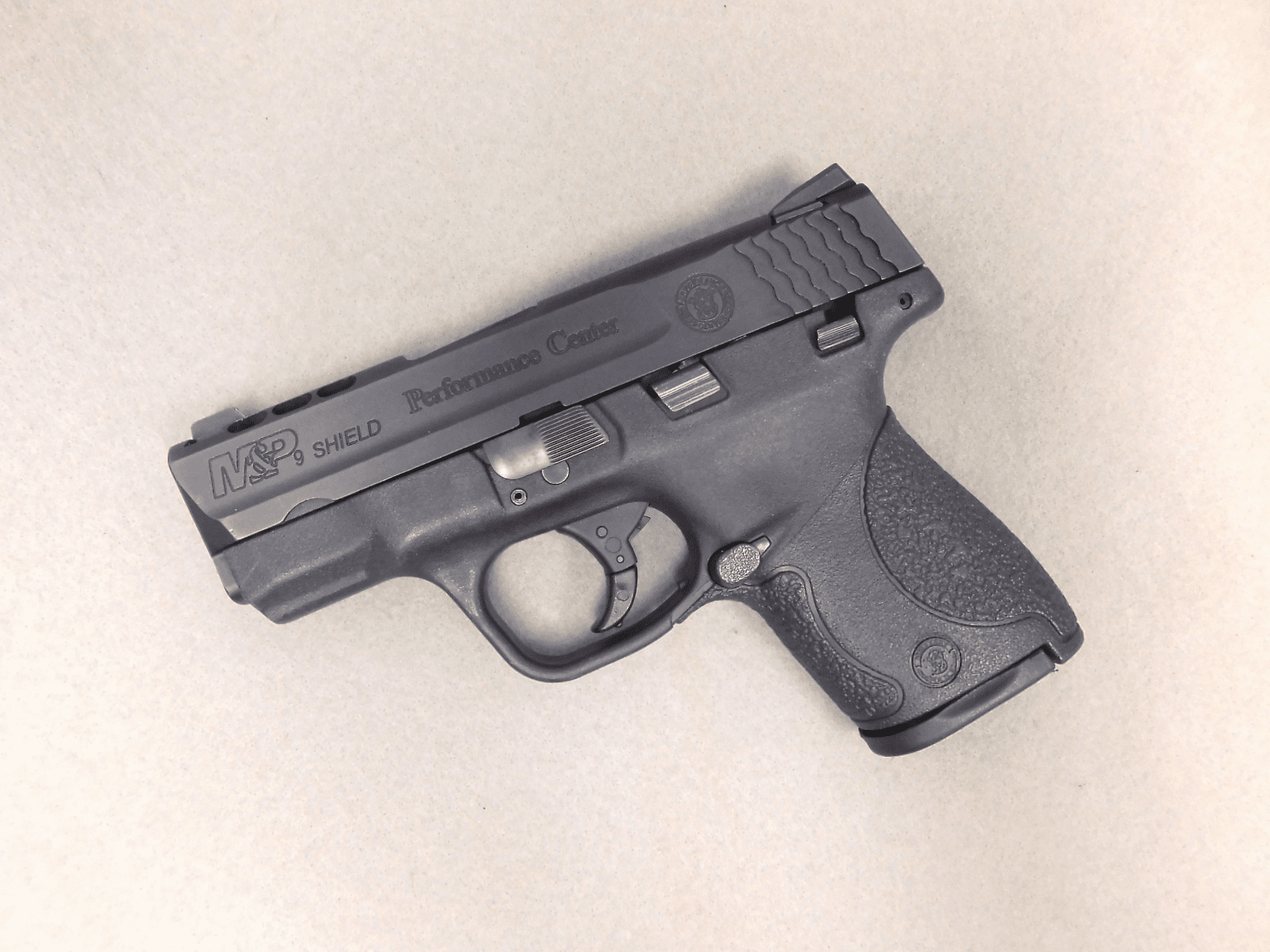 Smith & Wesson M&P Shield PC (9mm)
