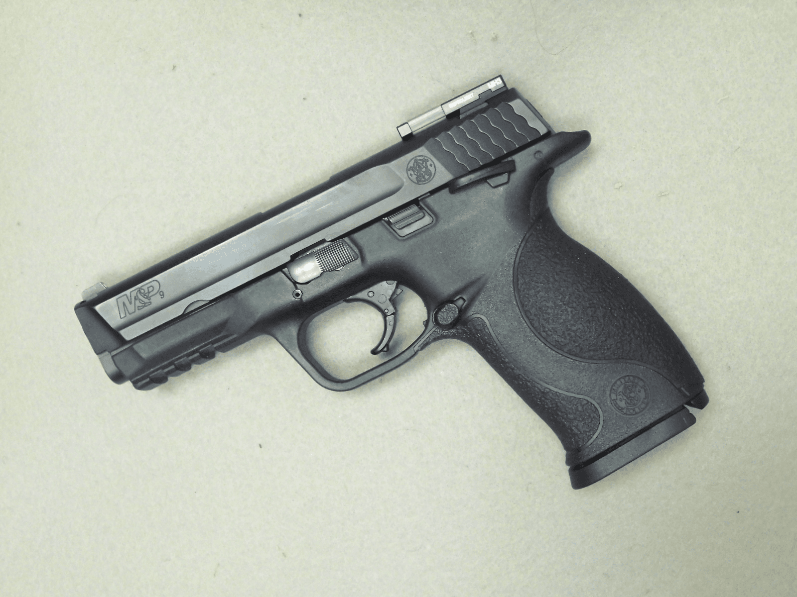 Smith & Wesson M&P9 (9mm)
