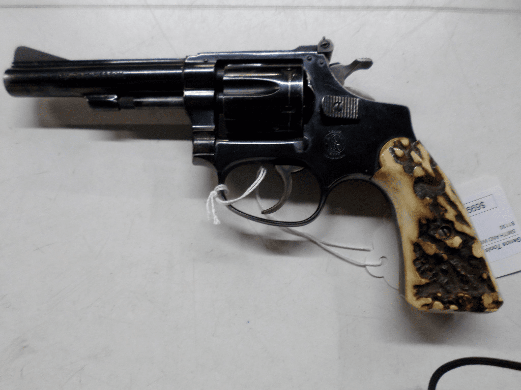 Smith Wesson model 34 (.22lr)