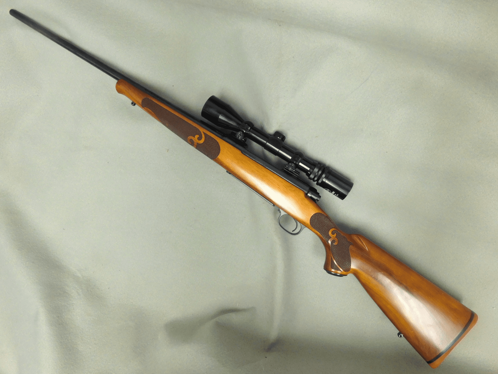 Winchester 70 Featherweight (.270)