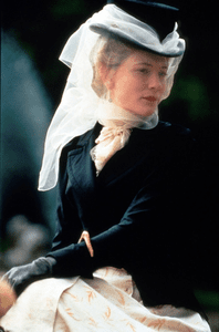 Cate Blanchett stars as a Lady