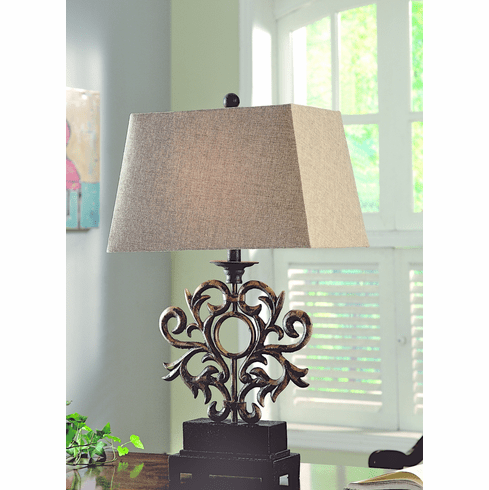 Devereaux Lamp