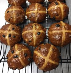 British Hot Cross Buns 6 pack - sold out
