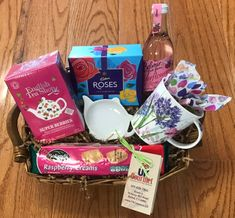 Mother's Day - Love Mum Basket