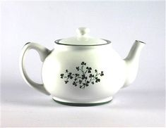 Shamrock Teapot - 3 cup - Sold Out