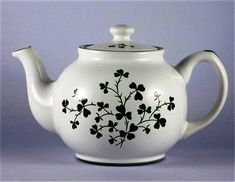 Shamrock Teapot -7 cup - Sold Out