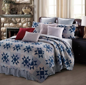 Carolina Blue Quilt Ensemble