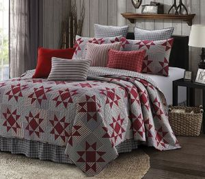 Carolina Red King Quilt Ensemble