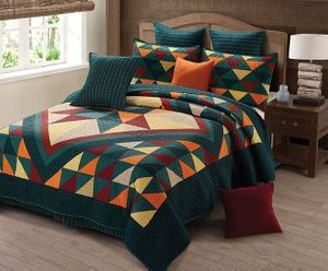 Cricket Hollow King Quilt Ensemble