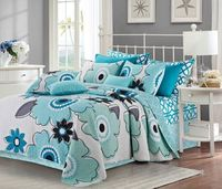 Francesa Aqua/White Full/Queen Quilt Ensemble