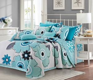Francesa Aqua/White King Quilt Ensemble