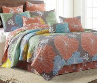 Hibiscus King Quilt Ensemble