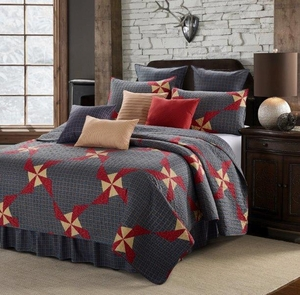 In The Country Blue Quilt Ensemble