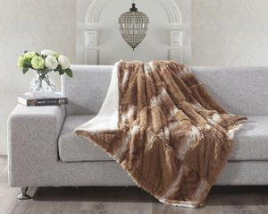 Sandstone Hill Checkered Sherpa Throw