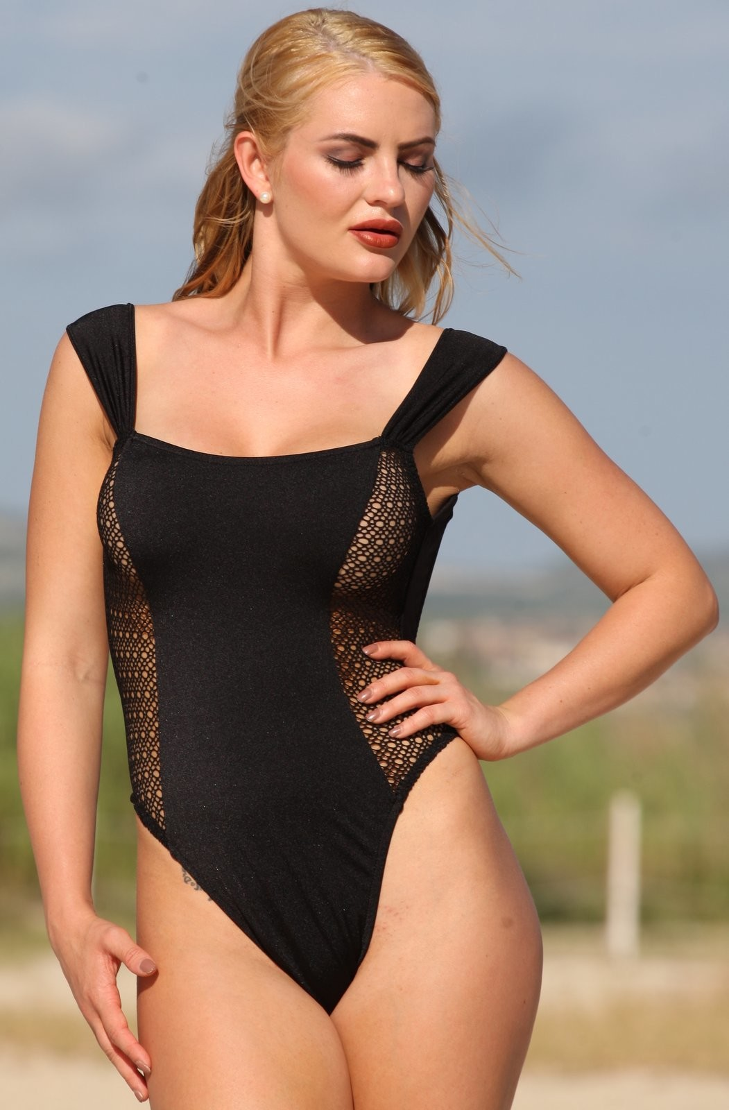 7ddb471eaa07c Ujena La Risque One Piece Bathing Suit