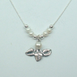 Delicate Floral Design Gift Sterling Silver and Freshwater Pearls Necklace