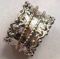 Delicate spinner ring silver gold lace ring