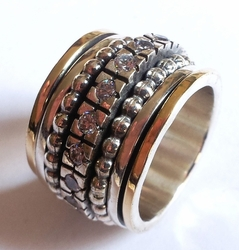 Designer ring spinner band cz rings
