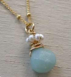 Drop necklace amazonite and pearls