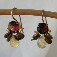Earrings burgondy Swarovski crystal set on copper.