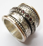 Designer Jewelry Garnets spinner ring Bluenoemi