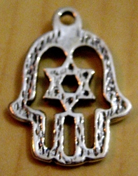 Hamsa pendant star of David
